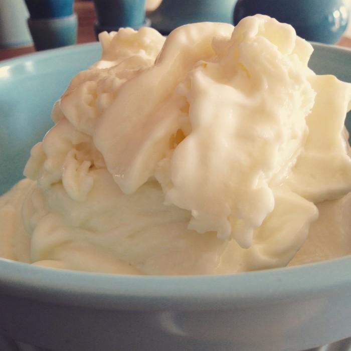 Zitronen-Frozen-Yoghurt-Eis-2